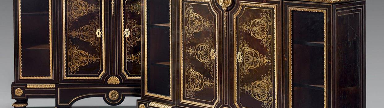 Paire de meubles en bas d'armoire